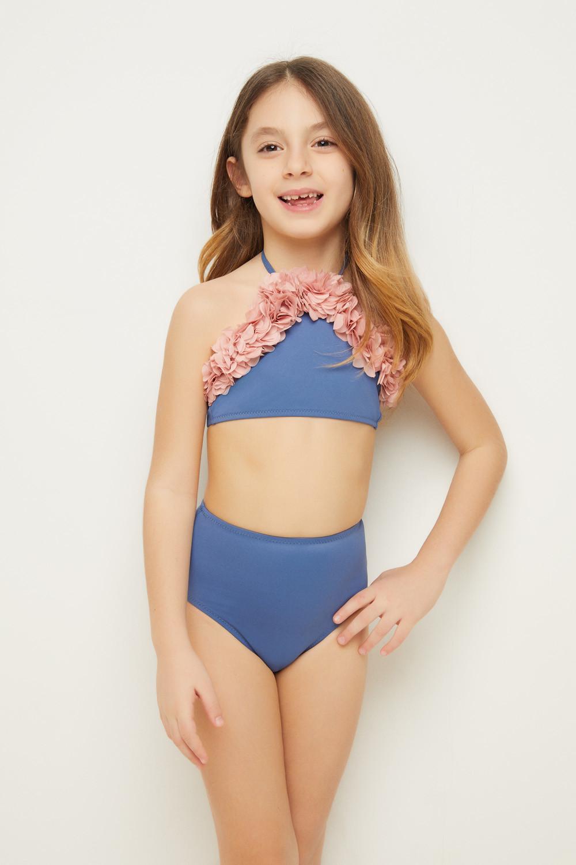 kids in bikini